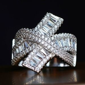 Topaz curly Q ring Size 7.5